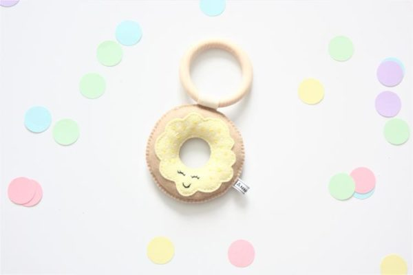 bijtring donut geel annouks
